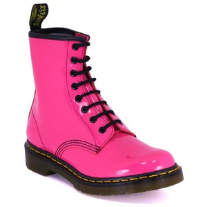 hot pink blogger Tallulah Bankhead boots shoes shopping